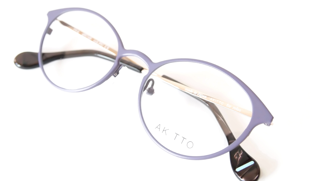 AKITTO 2016-1st re4 color|PU size:48□18 material:titanium price:32,000-(+tax)