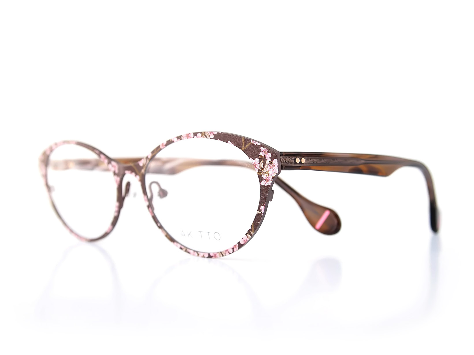 AKITTO 2016-2nd mai color|SAKURA size:53□16 material:titanium+acetate price:42,000-(+tax)