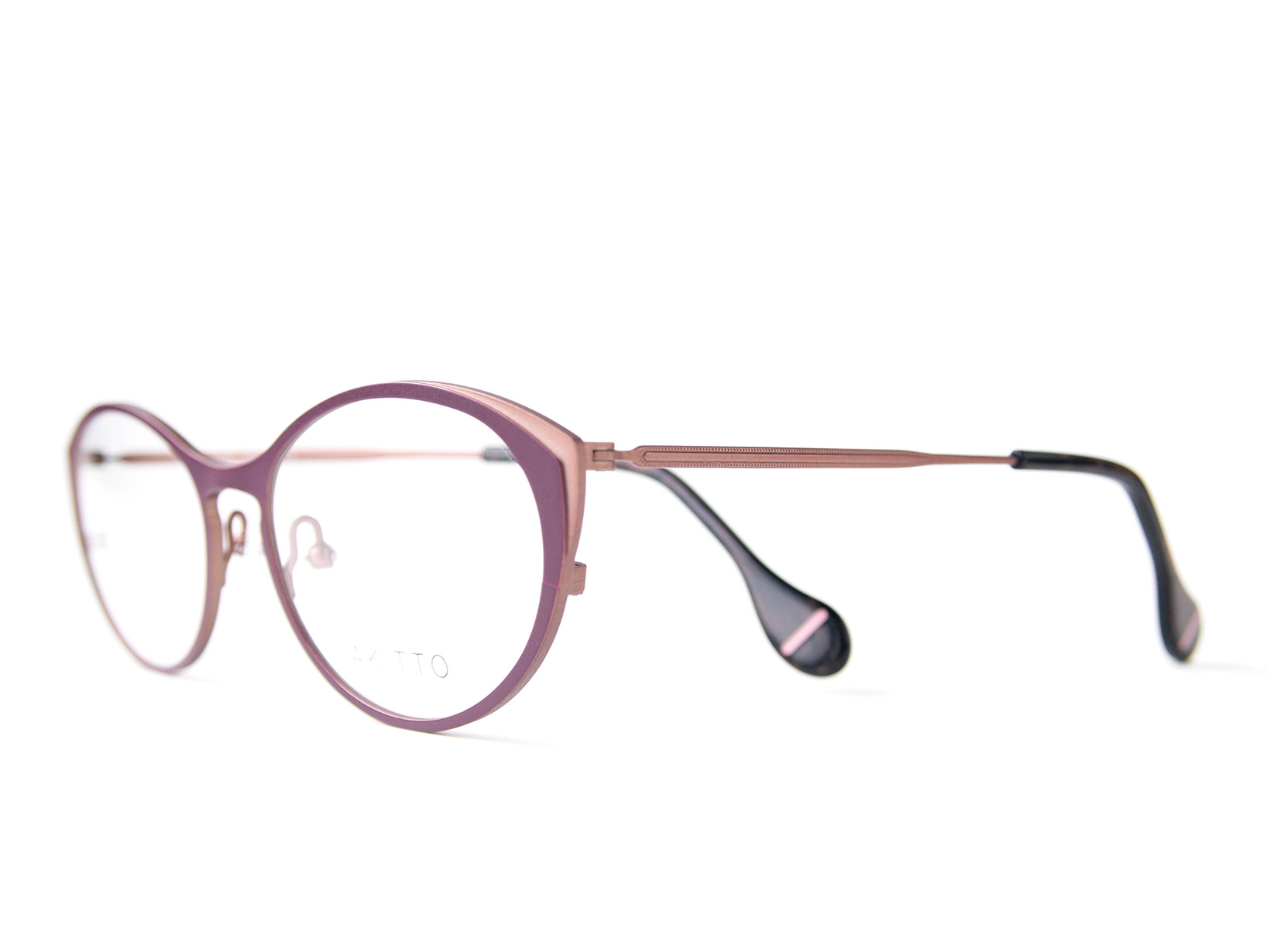AKITTO 2016-4th nek color WN size:51□17 material:titanium price:42,000-(+tax)