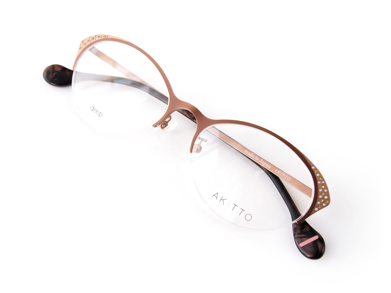 AKITTO 2015-4th soe2 color|MA size:53□18 material:titanium+swarovski price:44,500-(+tax)