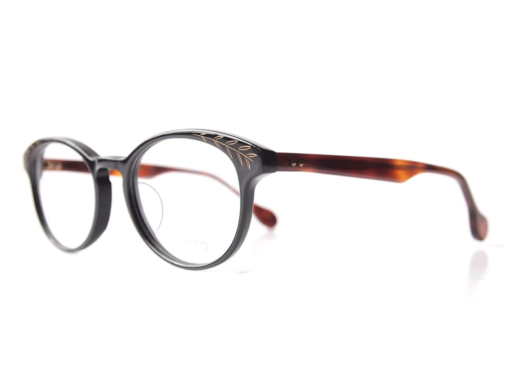 AKITTO 2017-3rd kin color BK size:48□19 material: acetate+gold price:39800-(+tax)