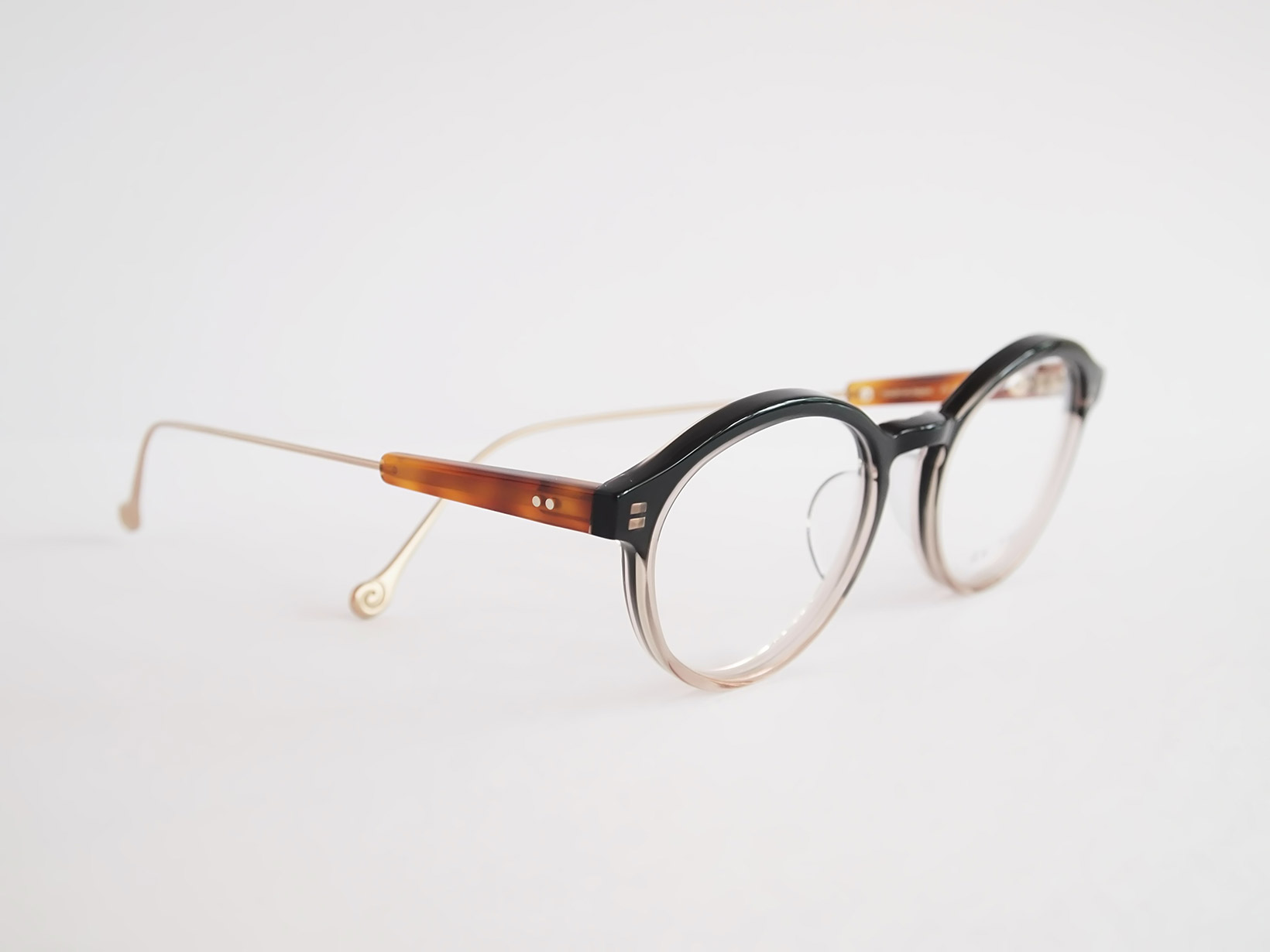 AKITTO 2018-2nd rog color GR size:49□19 material:acetate+titanium price:¥39,800-(+tax)