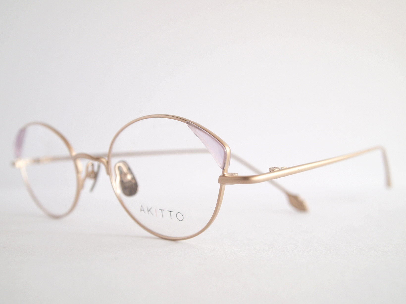 AKITTO 2018-4th pin4 color|CP size:47□19 material:titanium+acetate price:¥42,000-(+tax)