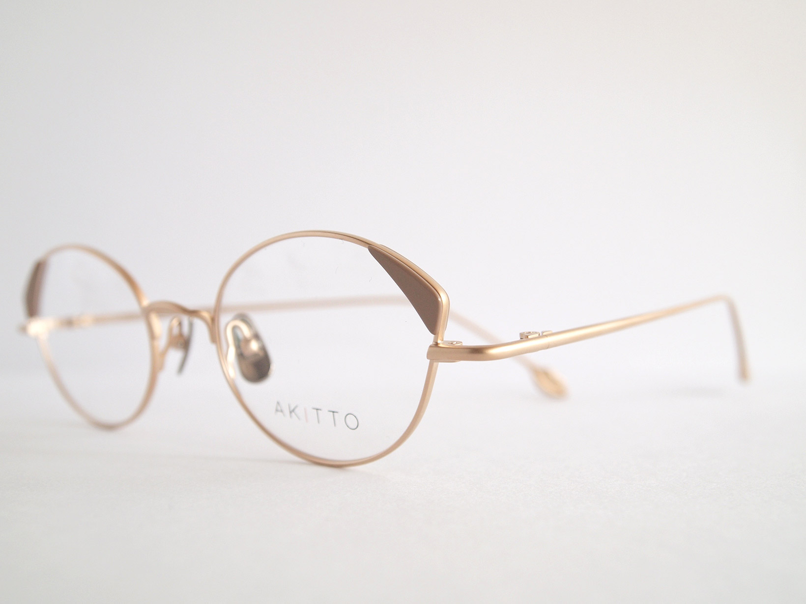 AKITTO 2018-4th pin4 color|GG size:47□19 material:titanium+acetate price:¥42,000-(+tax)