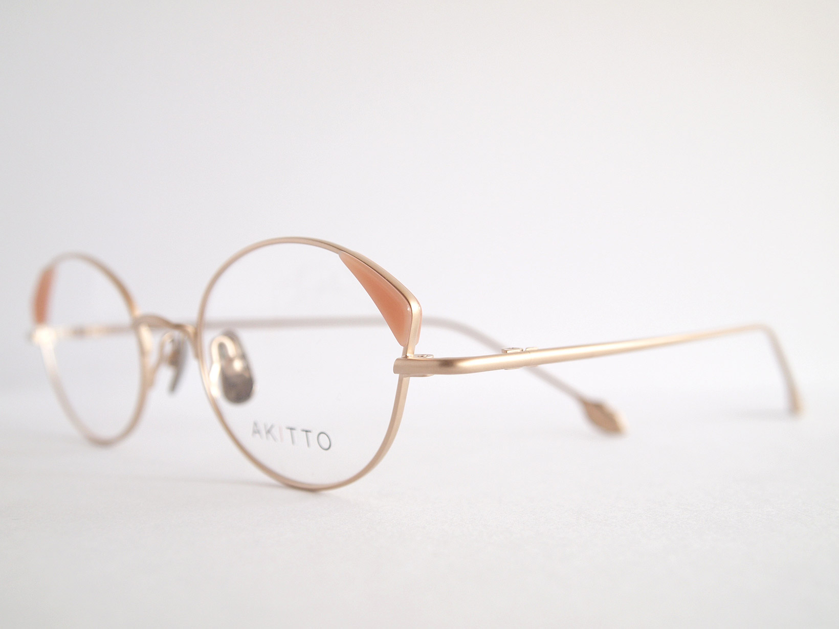 AKITTO 2018-4th pin4 color|MP size:47□19 material:titanium+acetate price:¥42,000-(+tax)