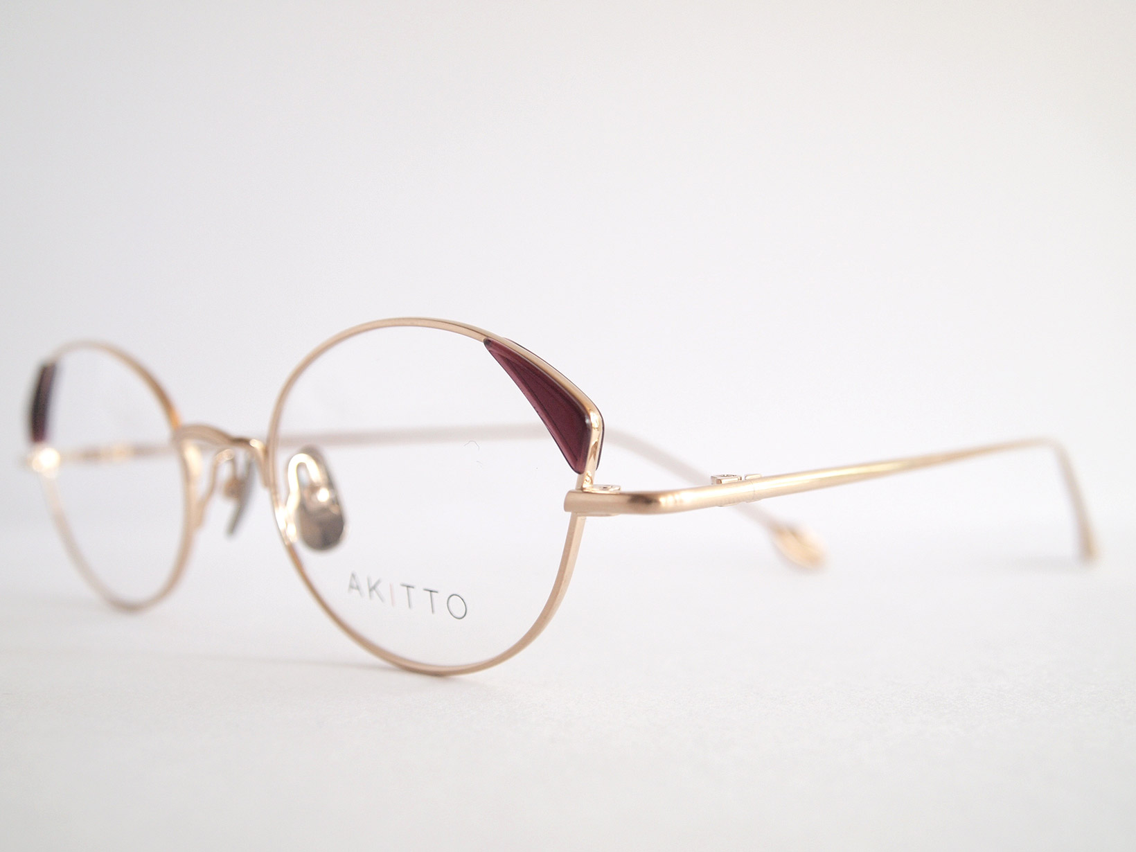 AKITTO 2018-4th pin4 color|WN size:47□19 material:titanium+acetate price:¥42,000-(+tax)
