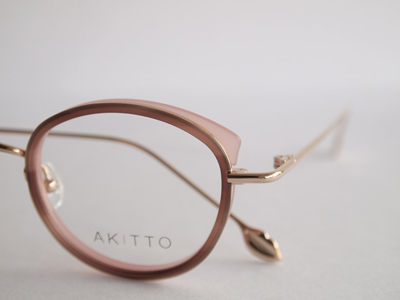 AKITTO 2020-2nd pin10 size:43□22 material:titanium+acetate price:¥42,000(+tax)