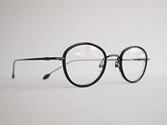 AKITTO 2020-2nd pin10 color:BK size:43□22 material:titanium+acetate price:¥42,000(+tax)