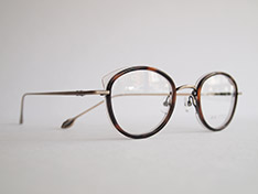AKITTO 2020-2nd pin10 color:DM size:43□22 material:titanium+acetate price:¥42,000(+tax)