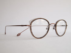 AKITTO 2020-2nd pin10 color:GY size:43□22 material:titanium+acetate price:¥42,000(+tax)
