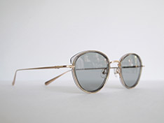 AKITTO 2020-3rd pin11 color:GY size:47□22 material:titanium+acetate price:¥42,000(+tax)