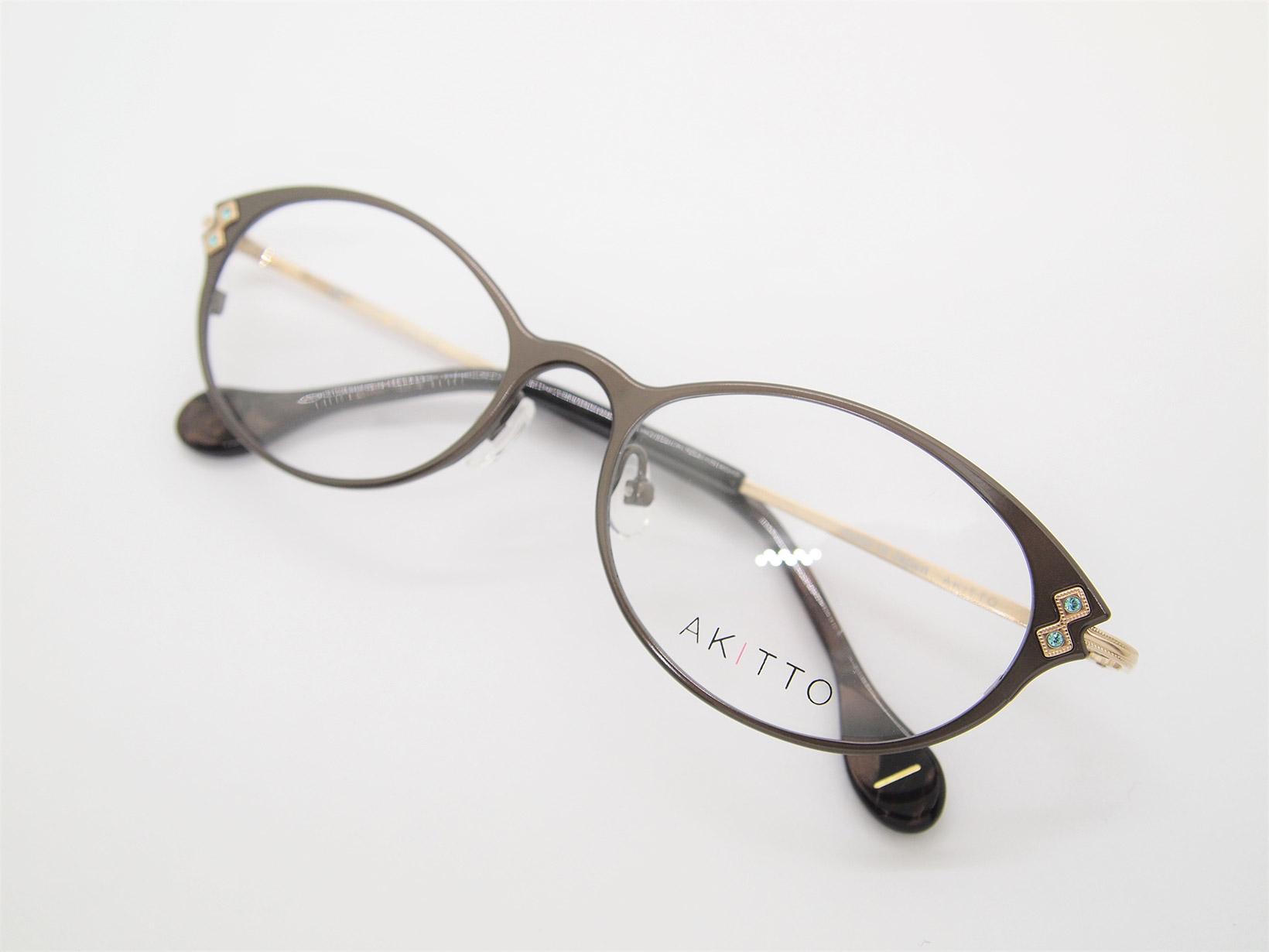 AKITTO 2021-2nd tap color|GS size:51□17 material:titanium+swarovski price:¥48,950-(税込み)
