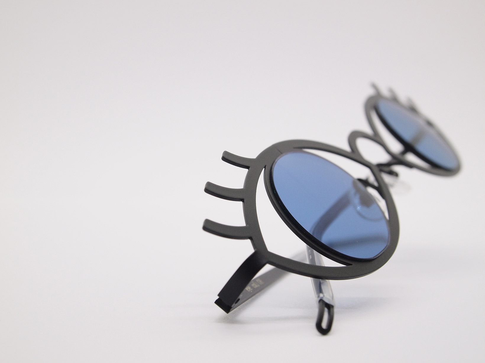 AKITTO 2021-4th eye color|col1 size:30□40 material:stainless steel price:¥39,160-(税込み)